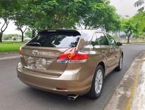 Cần bán xe Toyota Venza 2.7 đời 2009, màu nâu, nhập khẩu nguyên chiếc xe gia đình, giá tốt