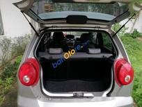 Cần bán lại xe Chevrolet Spark năm 2010, màu bạc số tự động