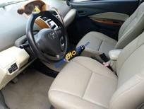 Cần bán gấp Toyota Vios E đời 2010, màu bạc