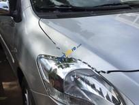 Cần bán xe Toyota Vios G năm 2011, màu bạc chính chủ