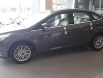 Bán xe Ford Focus 1.5 Ecoboost Titanium 2018, màu nâu hổ phách, mới 100%. L/H 090.778.2222