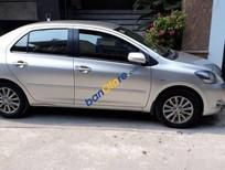 Bán Toyota Vios năm 2012, màu bạc