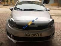 Cần bán gấp Kia Rio sản xuất 2015, màu bạc xe gia đình