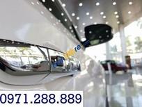 Cần bán Hyundai Tucson đời 2018, màu trắng, giá tốt