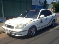 Cần bán xe Daewoo Nubira đời 2002, màu trắng