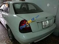 Bán gấp Daewoo Nubira đời 2001, màu trắng, giá tốt