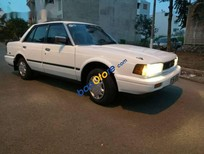 Bán xe Toyota Camry đời 1990, màu trắng, nhập khẩu