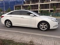 Cần bán Hyundai Sonata 2.0 Y20 2010, màu trắng, nhập khẩu xe đẹp