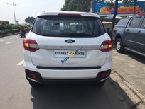 Bán ô tô Ford Everest Abiente năm 2018, màu trắng, xe nhập