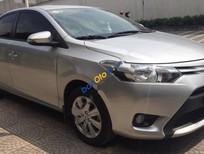 Cần bán lại xe Toyota Vios 1.5E đời 2015, màu bạc