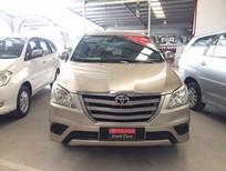 Bán xe Innova E sản xuất 2014, màu nâu vàng