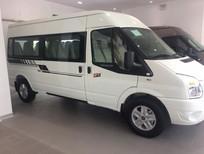Cần bán Transit màu trắng đang giảm giá
