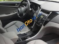 Bán xe Hyundai Sonata đời 2011, màu trắng chính chủ
