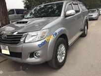 Cần bán xe Toyota Hilux đời 2015, màu bạc, nhập khẩu nguyên chiếc chính chủ, giá tốt