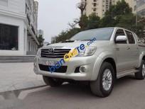 Bán xe Toyota Hilux 3.0G 4x4 MT đời 2013, màu bạc