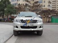 Cần bán gấp Toyota Hilux 3.0G 4x4 MT đời 2013, màu bạc, nhập khẩu nguyên chiếc, giá 475tr