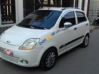 Bán Chevrolet Spark sản xuất 2011, màu trắng còn mới