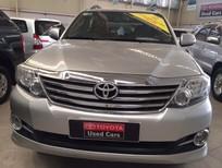 Bán xe Toyota Fortuner số tự động 2015, màu bạc