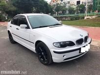 Cần bán gấp BMW 3 Series 318i sản xuất 2005, màu trắng, xe nhập, xe gia đình, giá tốt