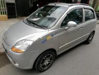 Bán xe Chevrolet Spark sản xuất 2010, màu bạc còn mới