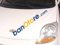Cần bán Chevrolet Spark MT sản xuất 2010, màu trắng