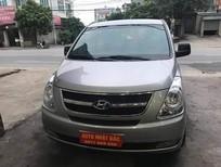 Bán Hyundai Starex năm 2012, màu bạc, xe nhập, số sàn, 680tr