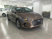 Bán Hyundai Elantra Sport 1.6 Turbo màu vàng cát, vàng be, có xe sẵn giao ngay