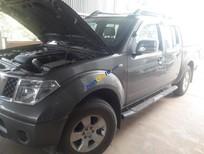 Cần bán xe Nissan Navara 2014, số tự động, màu xám máy dầu 2 cầu