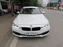Bán BMW 3 Series 320i đời 2016, màu trắng, nhập khẩu chính hãng, số tự động