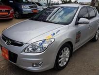Bán xe Hyundai i30 1.6AT sản xuất năm 2009, màu bạc, xe nhập, giá tốt