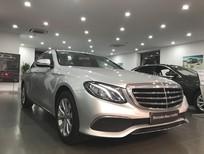 Bán xe Mercedes E200 đăng ký 2017, màu bạc, chạy 29077 km giá cực rẻ