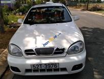 Bán xe Daewoo Lanos đời 2002, màu trắng, xe gia đình