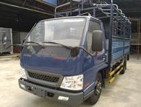 Bán xe tải bửng nâng Hyundai IZ49 2017, màu trắng, 1.95 tấn giá cạnh tranh