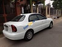 Cần bán gấp Daewoo Lanos sản xuất năm 2002, màu trắng, giá 98tr
