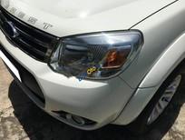 Cần bán lại xe Ford Everest limited năm sản xuất 2013, màu trắng số tự động