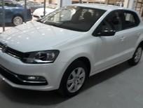 Bán xe Volkswagen Hatch back 2018 màu trắng – Hotline: 0909 717 983