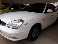 Xe Daewoo Nubira năm 2003, màu trắng