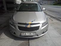 Cần bán xe Chevrolet Cruze LS 1.6 MT đời 2010, màu bạc còn mới