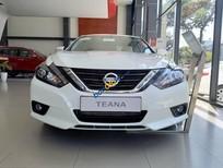 Bán xe Nissan Teana 2.5L 2018 đời mới, màu xám (ghi), nhập khẩu nguyên chiếc từ Mỹ