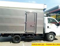 Giá xe tải Kia K250 thùng kín tải trọng 2.49 tấn, vào thành phố