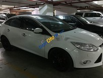 Cần bán lại xe Ford Focus AT đời 2014, màu trắng