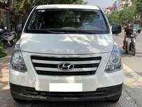Bán Hyundai Grand Starex 6 chỗ ngồi máy dầu, số sàn, màu trắng, sản xuất 2016