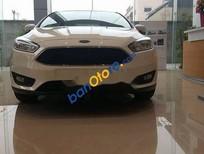 Bán Ford Focus Trend đời 2018, màu trắng, 580tr