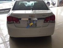 Bán ô tô Chevrolet Cruze LS sản xuất năm 2015, màu trắng còn mới giá cạnh tranh