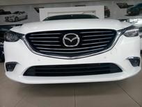 Bán Mazda 6 2.0 Premium 2018, màu trắng, giá chỉ 899 triệu