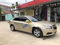 Cần bán xe Chevrolet Cruze năm sản xuất 2011, màu vàng, giá 335tr