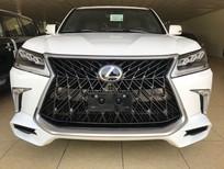 Cần bán Lexus LX 570 sản xuất năm 2017, màu trắng, xe nhập