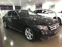 Cần bán xe Mercedes E250 đăng ký 2018, màu đen, như mới chạy 9671km, giá cực rẻ