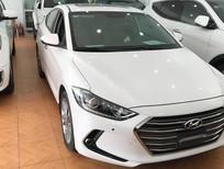 Bán Hyundai Elantra 2.0 GLS 2016, màu trắng, 645 triệu, chạy chuẩn 1,6 vạn