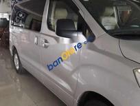 Bán Hyundai Grand Starex 2009, màu bạc